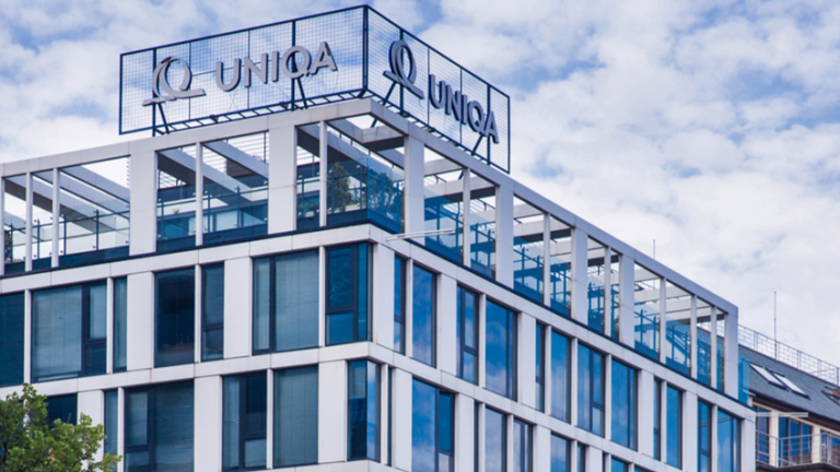Австрийският застраховател Uniqa придоби бизнеса на френската застрахователната група AХА
