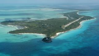 Любим остров на кралски особи и холивудски звезди се продава срещу $20 милиона