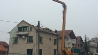 Вятърът във Враца се усещал като земетресение