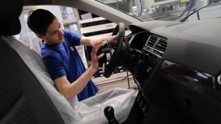 Преходът към електрическите коли е игра на живот и смърт за автомобилните компании