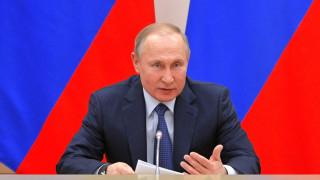Путин: Вредни опити на страни да променят историята от ВСВ са с бъдещи последици