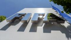 ФИФА - футболна централа или перачница на пари?
