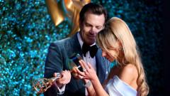 Първият път на звездите на наградите Еми 2021