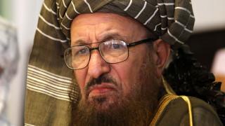 В Пакистан наръгаха до смърт Бащата на талибаните