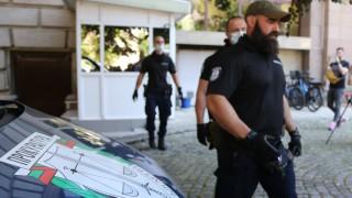 Четирима са задържаните за секретните документи в касата на президенството