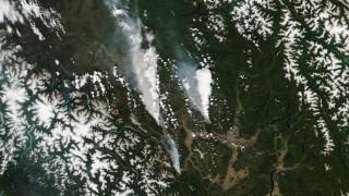 Град в Канада почти напълно унищожен от пожар след дни на рекордна жега