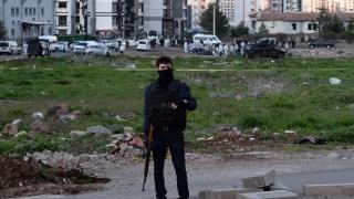Четирима турски войници убити при избухване на бомба на път