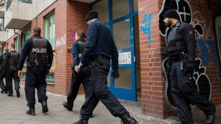 В Германия закопчаха двама сирийци и босненец за връзки с терористични групи