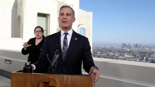Кметът на Лос Анджелис отива посланик в Индия
