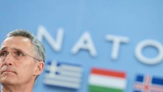 НАТО удължи мандата на Йенс Столтенберг до 2020 г.