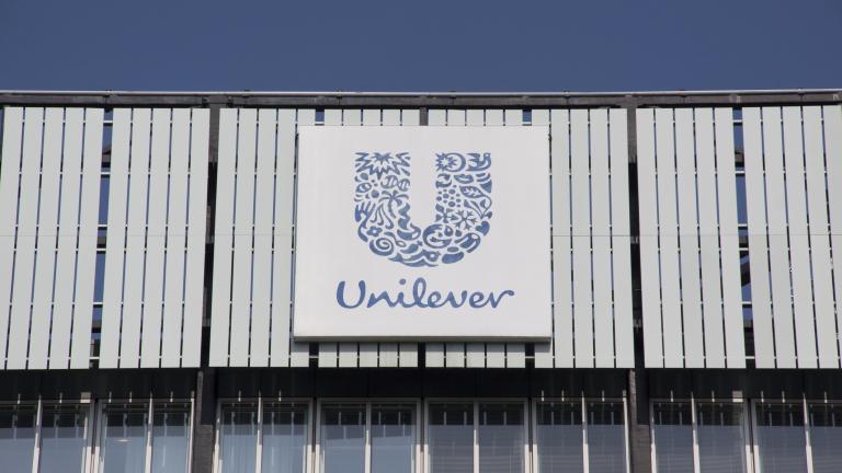 Unilever инвестира $1 милиард, изхвърля изкопаемите горива от продуктите си