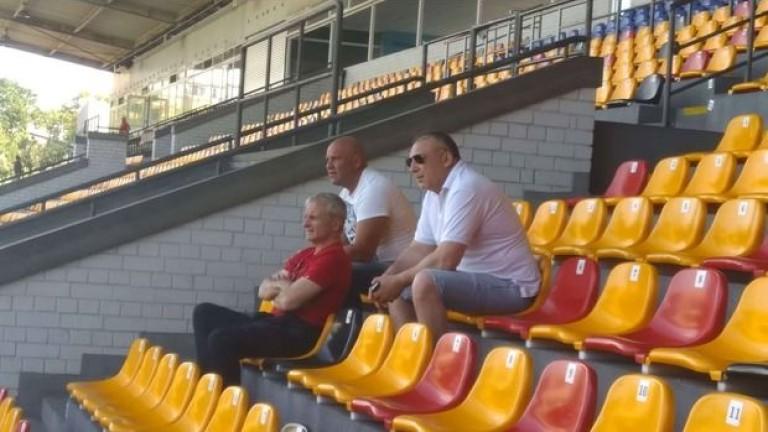 Финансовият благодетел на ЦСКА Гриша Ганчев е плътно до отбора