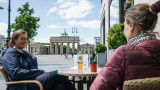 Германия отменя двуседмичната карантина за пристигащи от ЕС и Шенген
