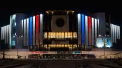 Послания на солидарност с Франция от посетителите на есенния Салон на галериите