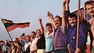 """30 г. от акцията """"Балтийски път"""" – 2 млн. души, хванати за ръце с искане за свобода"""