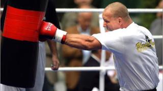 Германски боксьор ще пие хапчета доживот