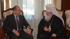 Румен Радев иска закон за дейността на традиционните вероизповедания у нас
