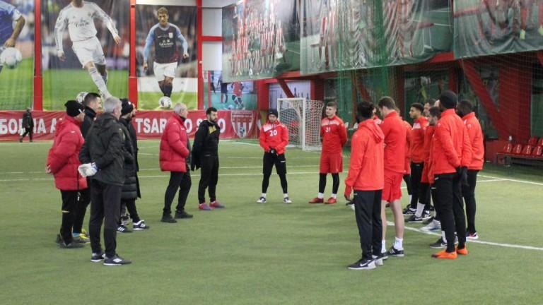 Царско село ще изиграе 6 контролни срещи до подновяването на шампионата