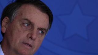 Болсонару отхвърли помощта на Г-7 за гасене на пожарите в Амазония