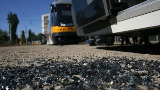 Запалиха се спирачките на трамвай №10 в София