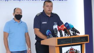 """Полицията не пуснала буса на """"Системата ни убива"""" от принципна позиция"""