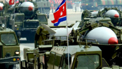 КНДР се похвали, че може да постави ядрена глава на ракета