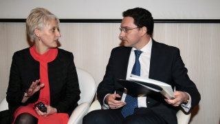 Засега няма да има промяна за българите на Острова, успокоява посланик Хопкинс