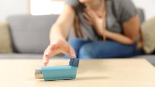 Инхалациите пазели асматиците от COVID-19