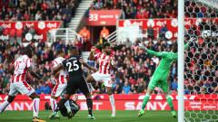 Стоук Сити взе първи точки на Юнайтед във Висшата лига (ВИДЕО)