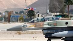 Израел бомбардира Газа след ракетна атака