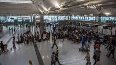 Задържаха още трима души за атентата в Истанбул