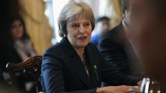 Великобритания отменя ограниченията за медицински работници