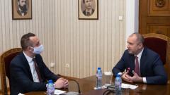 """Румен Радев приобщава ЕК към инициативата """"Три морета"""""""