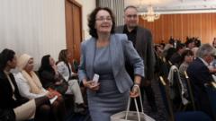 В МОН се готвят да управляват много европари за образование и наука