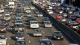 Продажбите на автомобили в Китай растат четвърти месец
