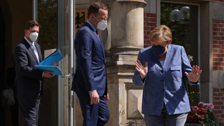 Германия предупреждава гражданите си за Covid ограничения до пролетта на 2022 г.