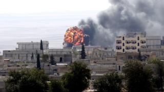 """""""Ислямска държава"""" влезе в Кобани след ожесточени боеве"""