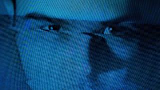 """Модератори във """"Фейсбук"""" страдат от катастрофални ефекти върху психиката"""