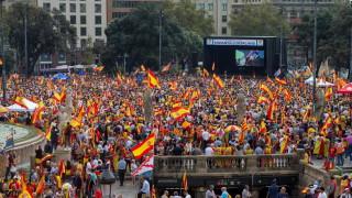 Още двама арестувани каталунски лидери започват гладна стачка