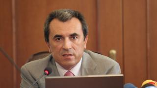 Одобриха доклада за реформите на Орешарски
