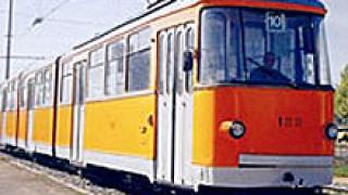 Продължава ремонтът на трасетата на трамвайни линии 10 и 18