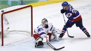Русия се готви за мач с Канада