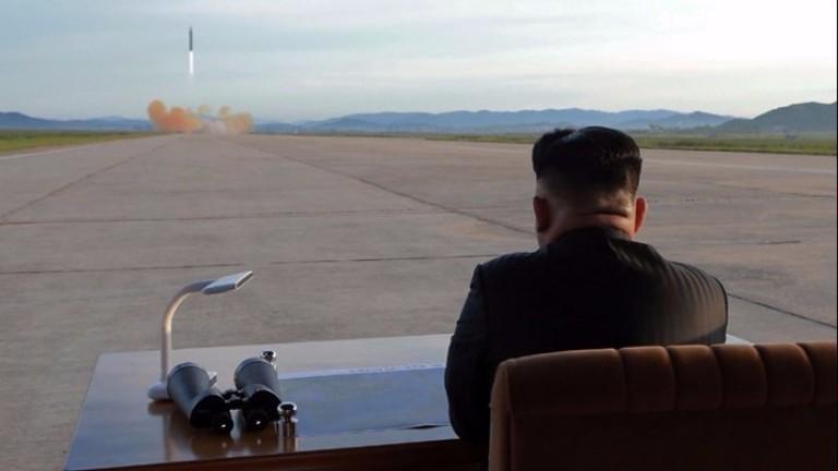 """КНДР призова САЩ да си уредят сметките с """"огнена градушка, а не с думи"""""""