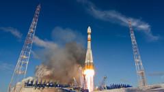 Русия изведе в орбита ракета със 73 спътника