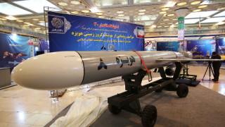 Иран обяви успешен тест на нови военноморски крилати ракети