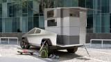 Tesla Cybertruck, CyberLandr и нестандартният проект за къща на колела