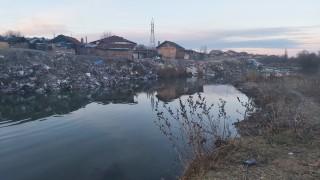 Жители на Ямбол изхвърляли боклуци в река Тунджа