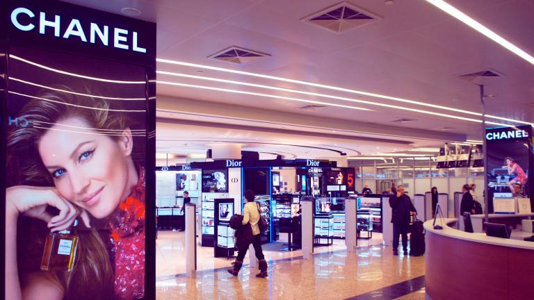 Известната френска модна къща Chanel за първи път в соята