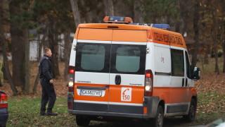С опасност за живота е съпругата на моториста, пострадала в катастрофа край Китен