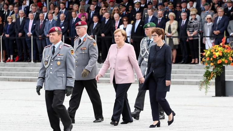 Германия почете опита за атентат срещу Адолф Хитлер преди 75